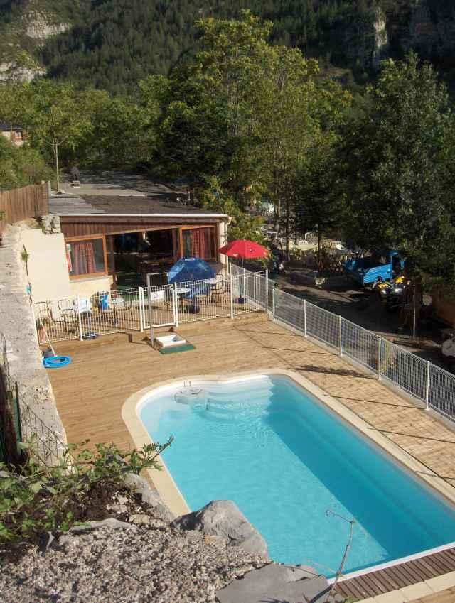 Camping delron camping quezac lozere 48 for Camping lozere piscine