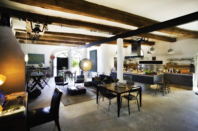 maison d 39 h tes de charme design s lectionner votre choix st laurent des arbres gard 30. Black Bedroom Furniture Sets. Home Design Ideas