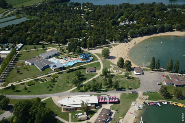Camping **** la plaine tonique