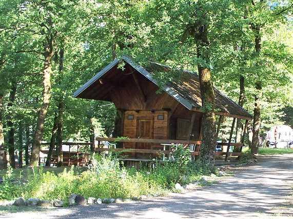 Camping le bois joli, mobil home à Saint martin sur la  ~ Camping Le Bois Joli