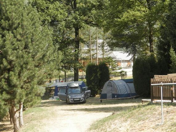 Camping le bois joli mobil home saint martin sur la for Camping le bois joli saint martin sur la chambre